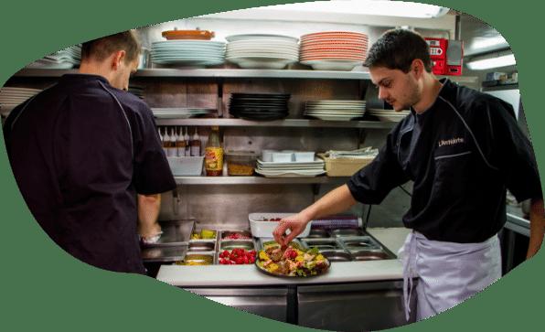restaurant-cherbourg-l-antidote-equipe-produits-frais-romain-bourdet ©mathildemochon