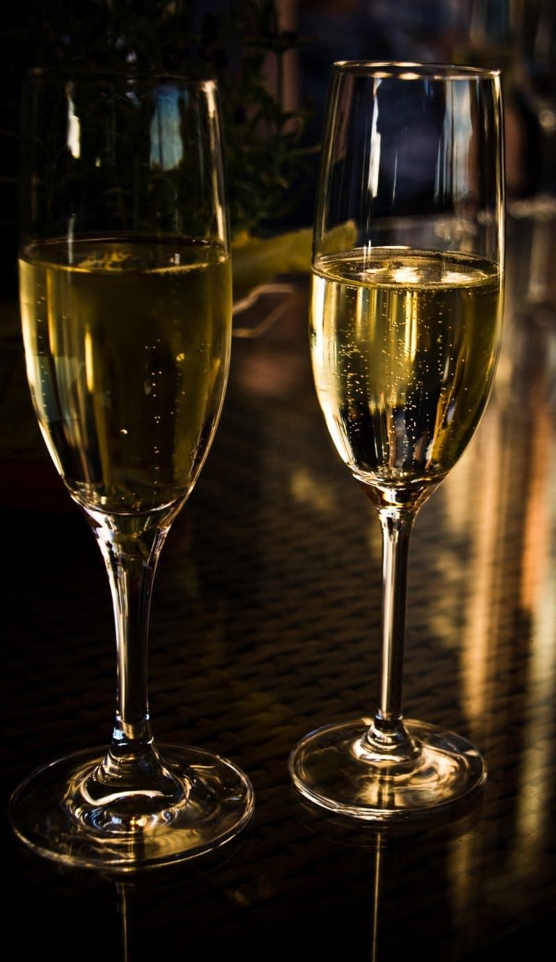 traiteur-saint-valentin-antidote-cherbourg-cotentin-champagne@Johannes Dudek-Pixabay